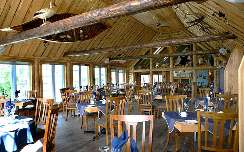 Salle à manger - gastronomie à l'Auberge du Vieux-Moulin dans Lanaudière