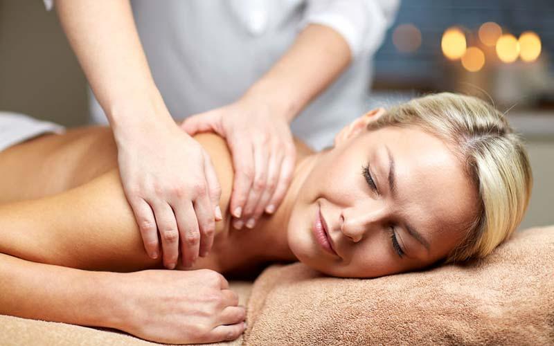 Swedish massage at the Auberge du Vieux-Moulin in Lanaudière