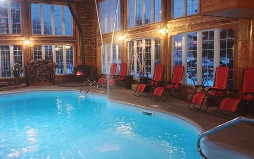 Indoor swimming pool - Auberge du Vieux-Moulin in Lanaudière
