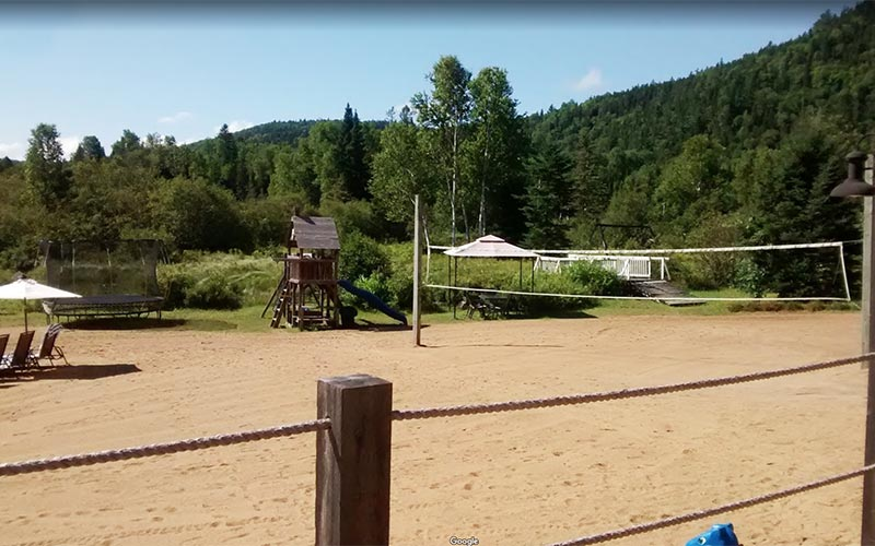 Volleyball court - Auberge du Vieux-Moulin in Lanaudière