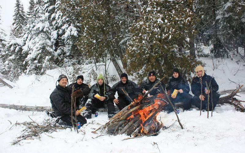 Feux de camp hivernal à l'Auberge du Vieux-Moulin dans Lanaudière